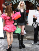 Taylor-Momsen---on-the-set-of-a-music-video-in-NYC-11