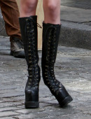 Taylor-Momsen---on-the-set-of-a-music-video-in-NYC-16