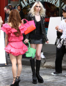 Taylor-Momsen---on-the-set-of-a-music-video-in-NYC-19