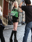 Taylor-Momsen---on-the-set-of-a-music-video-in-NYC-24