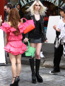 Taylor-Momsen---on-the-set-of-a-music-video-in-NYC-26
