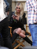 Taylor-Momsen---on-the-set-of-a-music-video-in-NYC-27