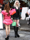 Taylor-Momsen---on-the-set-of-a-music-video-in-NYC-8