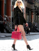 Taylor-Momsen---on-the-set-of-a-music-video-in-NYC-9