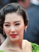 Zhang-Yuqi-Premiere-The-Great-Gatsby-66th-Cannes-Film-Festival-12