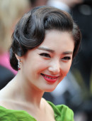 Zhang-Yuqi-Premiere-The-Great-Gatsby-66th-Cannes-Film-Festival-13