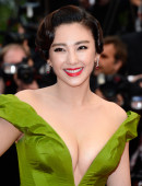 Zhang-Yuqi-Premiere-The-Great-Gatsby-66th-Cannes-Film-Festival-8