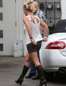 Britney-Spears-at-Recording-Studio-in-Hollywood-3