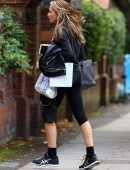 Abbey-Clancy-Booty-in-Tights-8