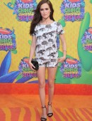Zoey-Deutch-Nickelodeon's-27th-Annual-Kids-Choice-Awards-1