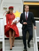 Kate-Middleton-Airport-New-Zealand-3