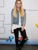 Olivia-Holt-at-Dylan-Riley-Snyder-Races-Into-His-18th-Year-With-Nintendo-9