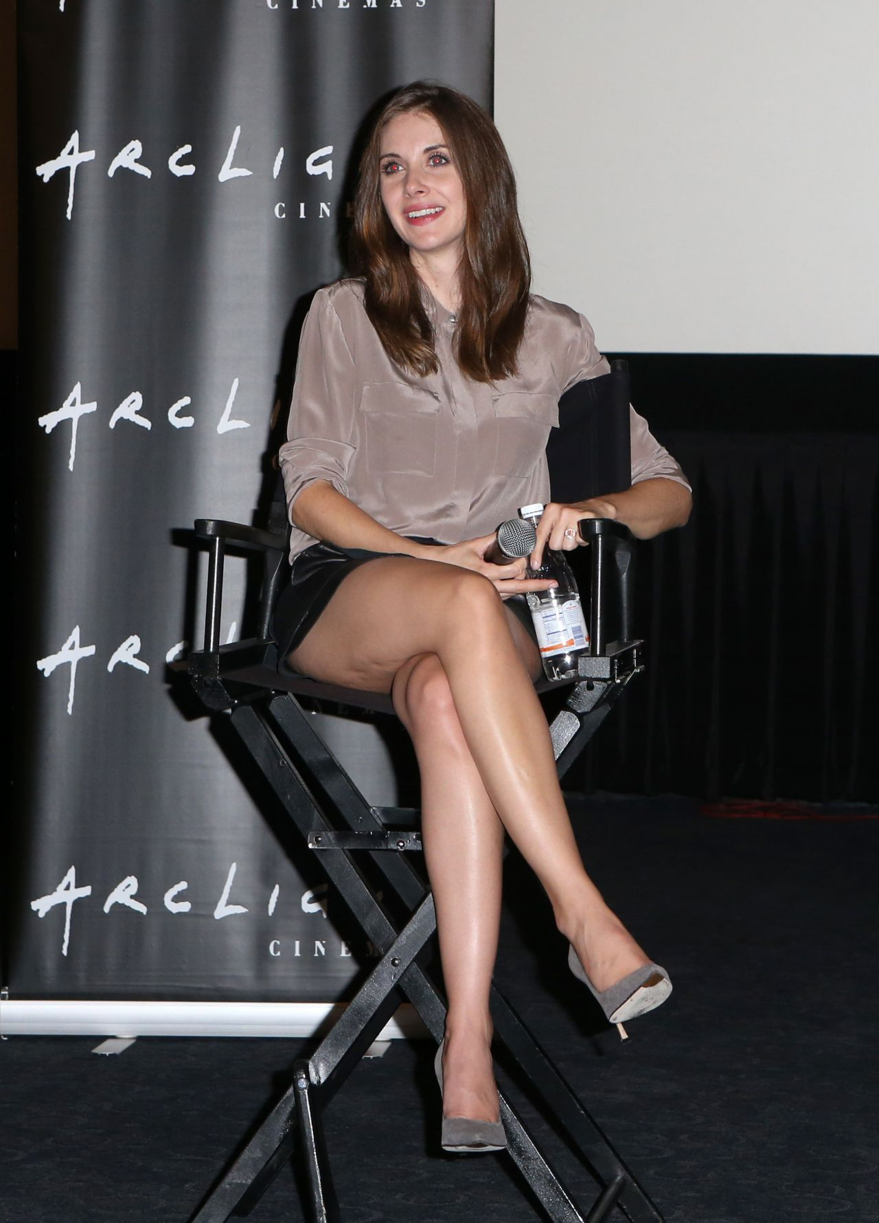 Alison-Brie-Sleeping-With-Other-People-1