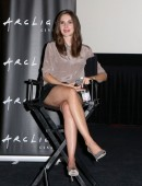 Alison-Brie-Sleeping-With-Other-People-5