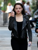 Joey-King-on-the-Set-of-Going-in-Style-in-NYC-5