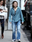 Joey-King-on-the-Set-of-Going-in-Style-in-NYC-8