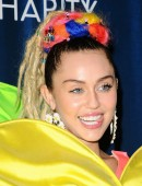 Miley-Cyrus-Hilarity-for-Charity`s-James-Franco's-Bar-Mitzvah-Hollywood-CA-13