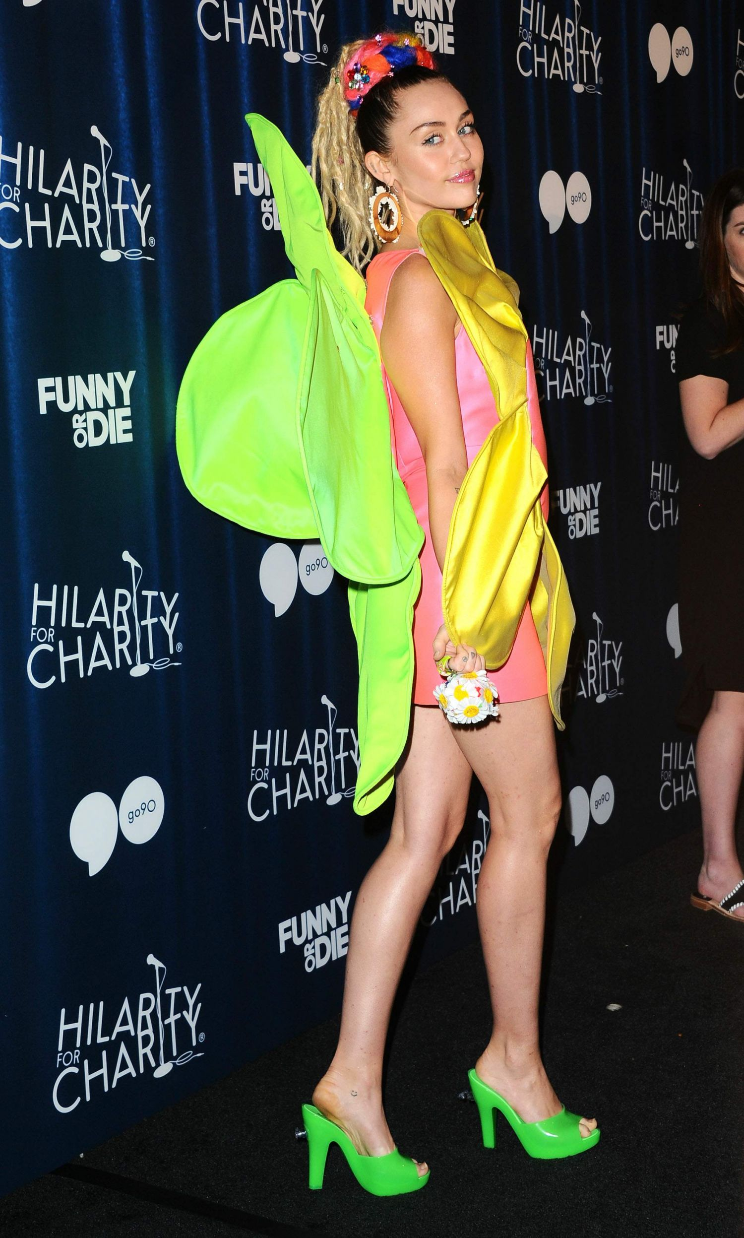 Miley-Cyrus-Hilarity-for-Charity`s-James-Franco's-Bar-Mitzvah-Hollywood-CA-8