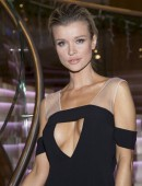 Joanna-Krupa-at-Renault-Event-in-Warsaw-10