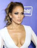 Jennifer-Lopez-at-All-I-Have-Residency-After-Party-4