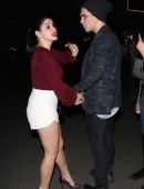 Ariel-Winter-at-The-Nice-Guy-Restaurant-in-West-Hollywood-4