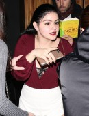 Ariel-Winter-at-The-Nice-Guy-Restaurant-in-West-Hollywood-7