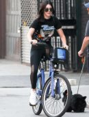 Kendall-Jenner-in-Tights-Riding-a-Bike-1