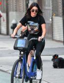 Kendall-Jenner-in-Tights-Riding-a-Bike-5