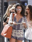 Ashley-Benson-Troian-Bellisario-and-Shay-Mitchell-in-Rome-5