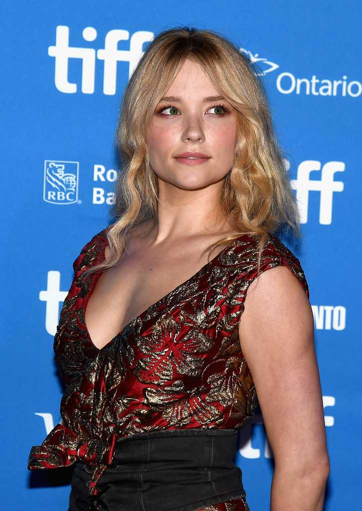haley-bennett-at-the-magnificent-seven-press-conference-at-the-2016-toronto-international-film-festival-2