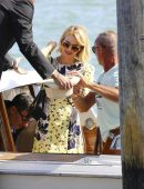 Naomi-Watts-Arriving-Private-Dock-in-Venice-Italy-7