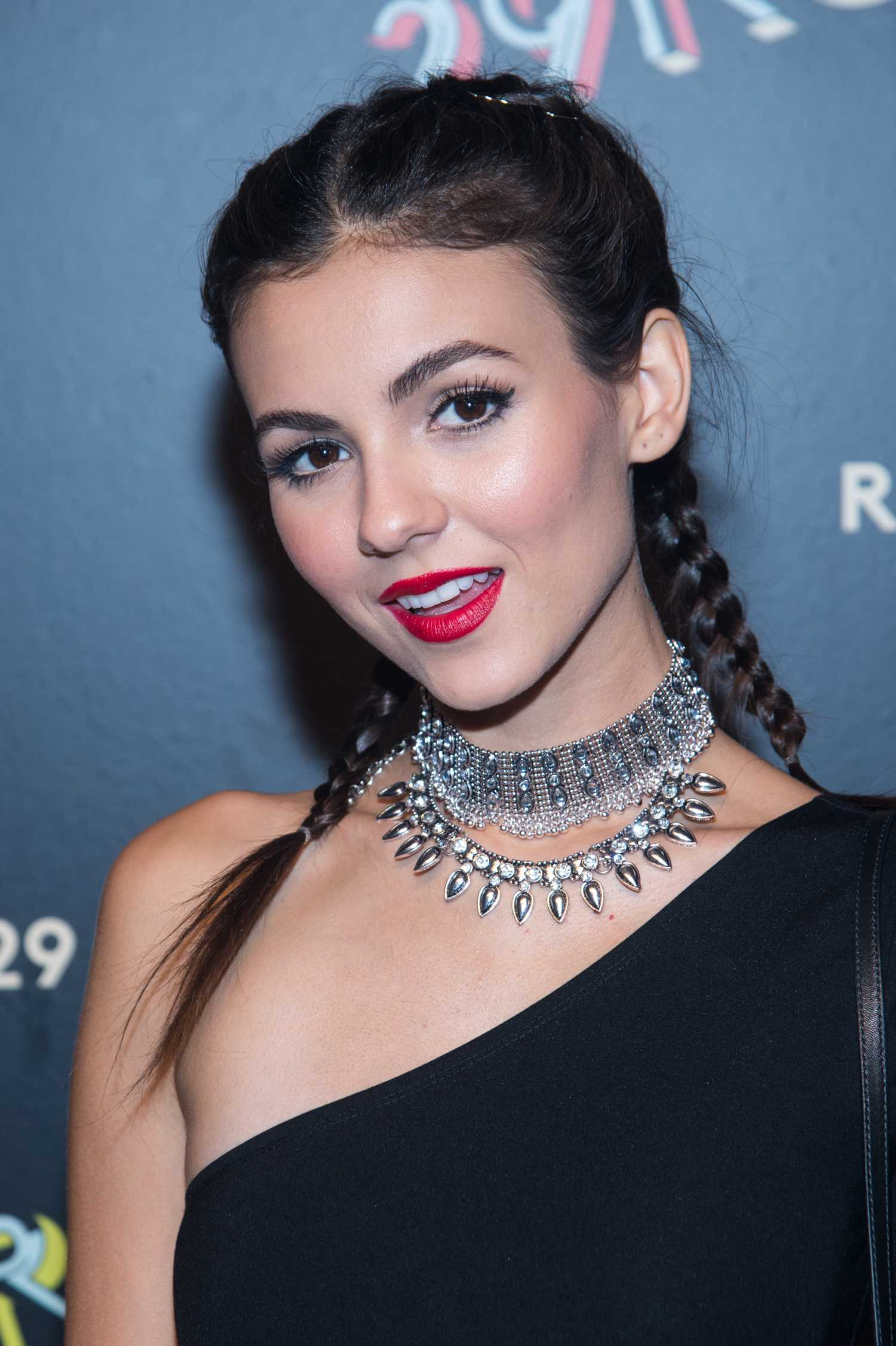 victoria-justice-at-29-rooms-refinery29s-second-annual-nyfw-6