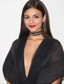 victoria-justice-at-pamella-roland-s-s-2017-fashion-show-at-pier-59-studios-in-nyc-1