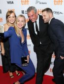 yvonne-strahovski-at-all-i-see-is-you-premiere-3