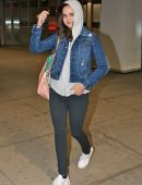 bailee-madison-in-jeans-at-pearson-international-airport-13