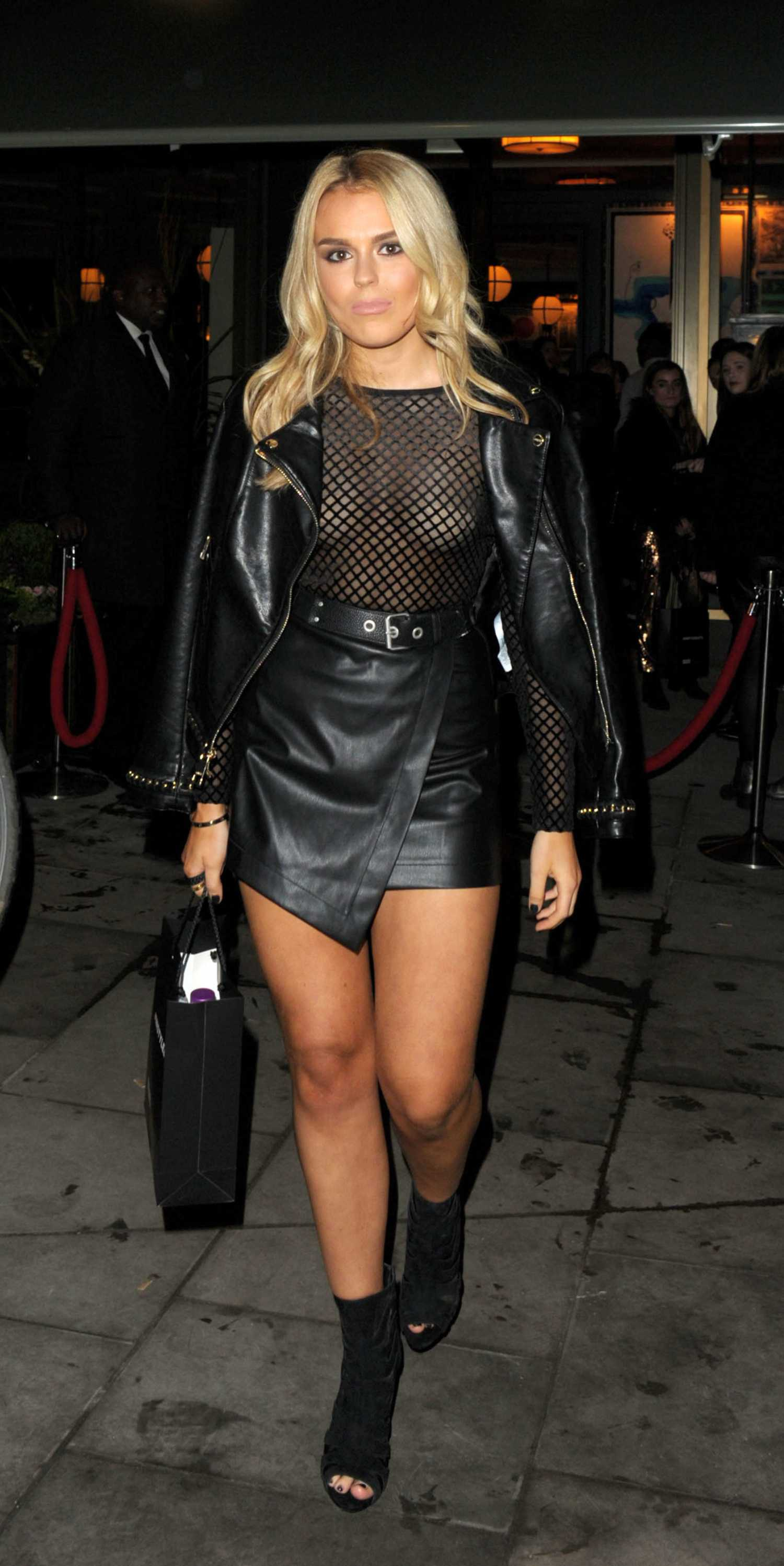 Tallia-Storm-in-Instyle-EE-Rising-Star-Party-in-London-8