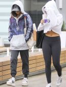 Vanessa-Hudgens-and-Stella-Hudgens-Arriving-to-SoulCycle-2