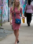 Hilary-Duff-and-Sutton-Foster-16