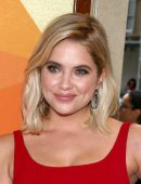 Ashley-Benson-at-Premiere-of-Her-Smell-5