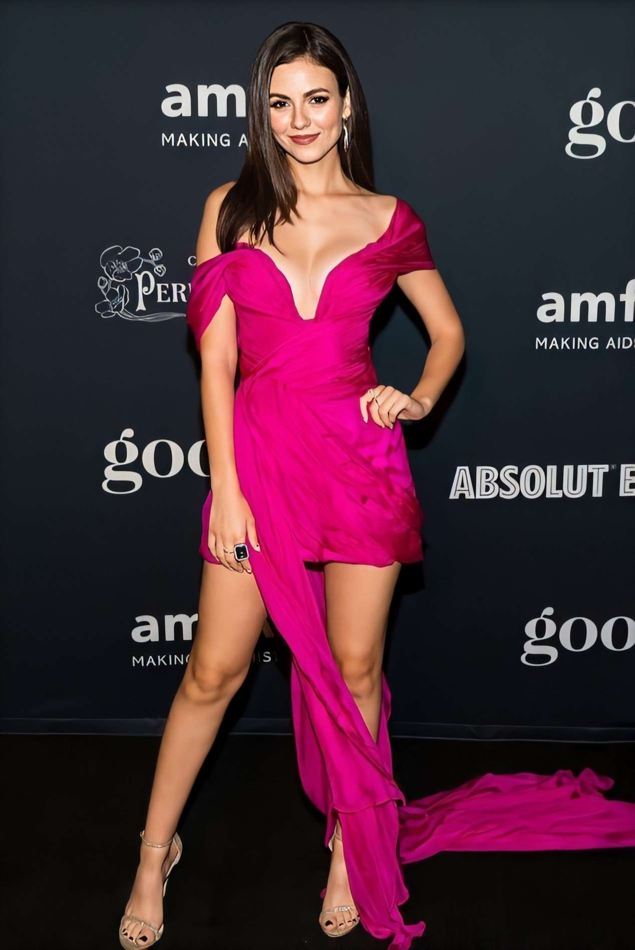 Victoria Justice at amfAR Charity Poker Tournament And Game Night in San Francisco