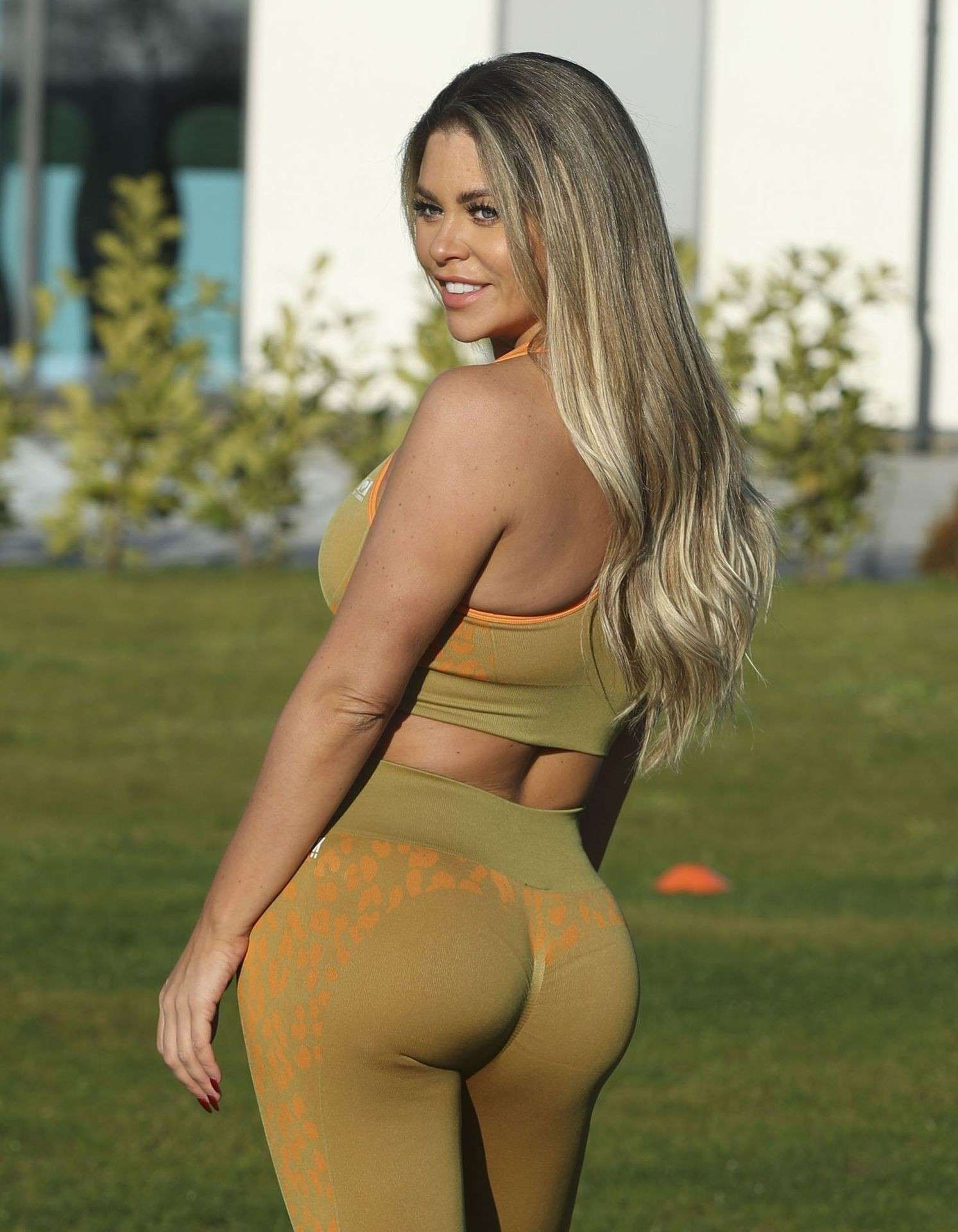 Bianca Gascoigne Ass and Boobs During Workout in Essex