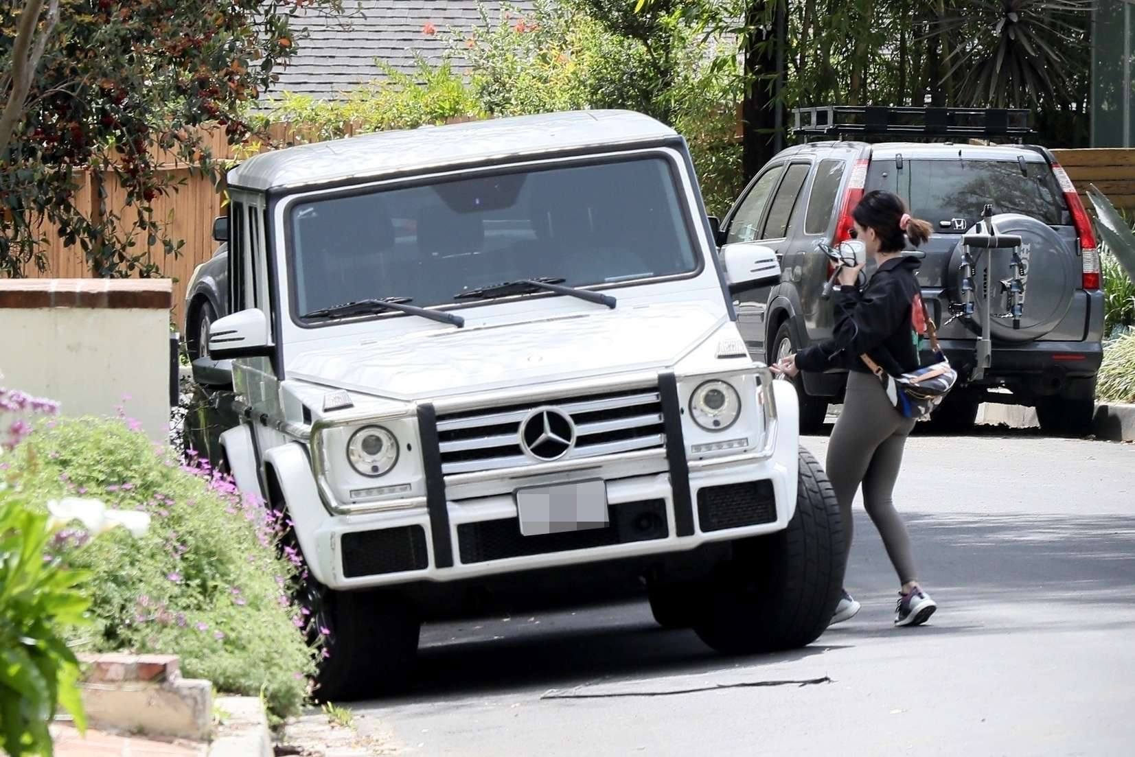 Lucy Hale Ass, Outside her Home in West Hollywood