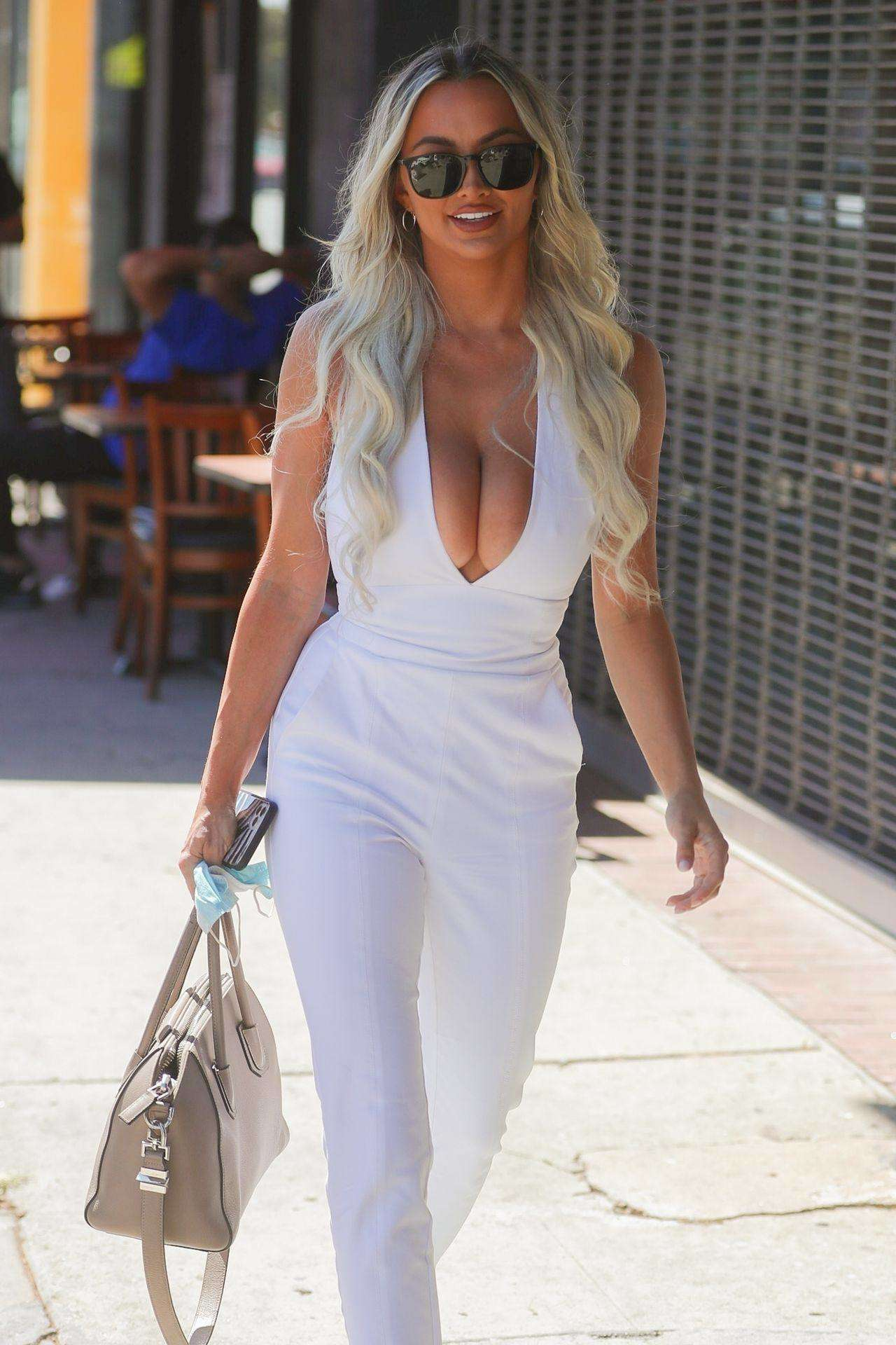 Lindsey Pelas Cleavage, Out in White Suit in Los Angeles