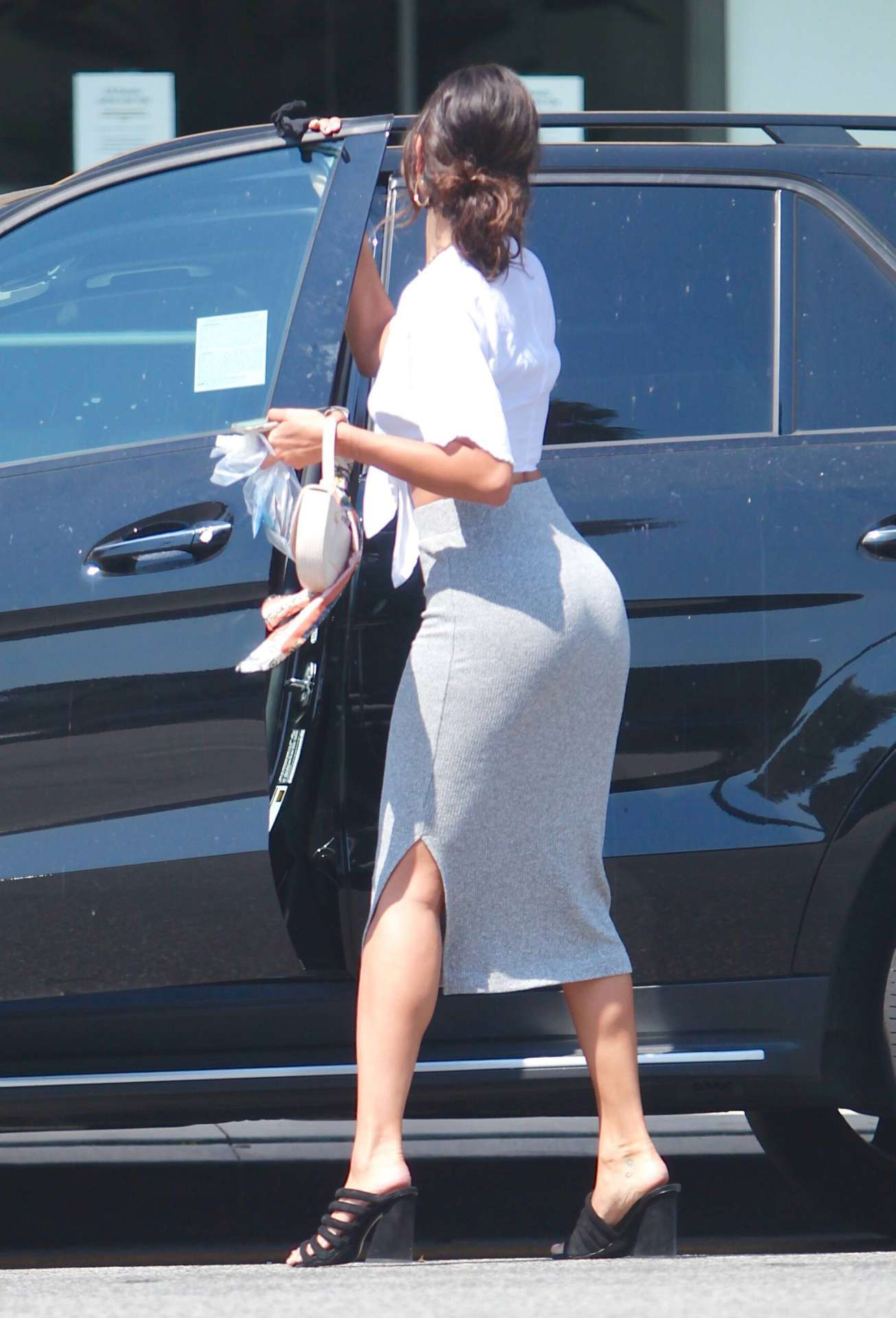 Eiza Gonzalez Ass Curves with Skirt, Out in Studio City