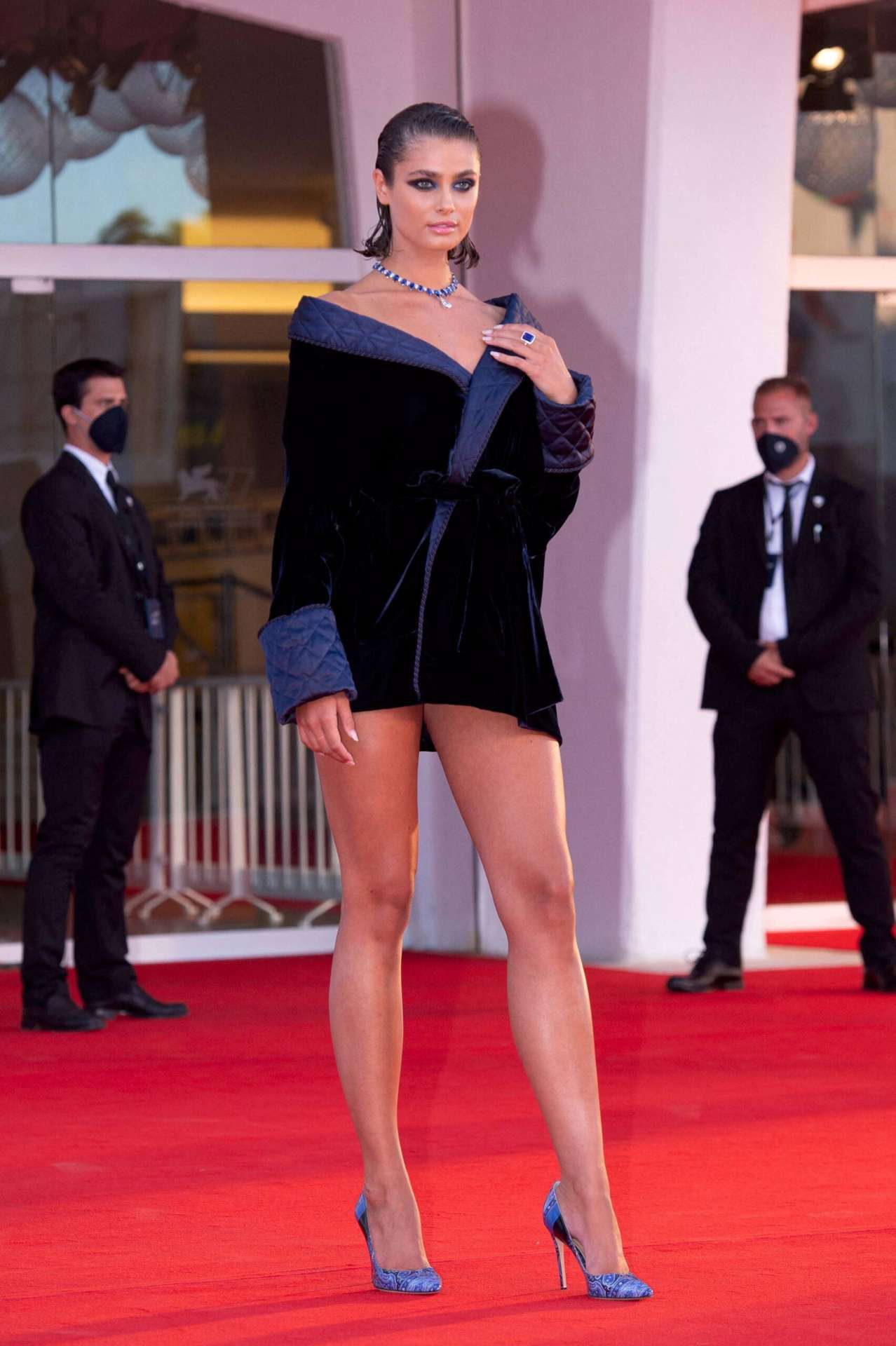 """Taylor Marie Hill Leggy at """"Amants"""" Premiere at 77th Venice Film Festival"""