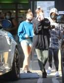 Hailey Bieber Cameltoe at The Juice Bar with Her Gal Pals