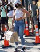 Sommer Ray Booty in Jeans, Sneaker Shopping at Cool Kicks in WeHo
