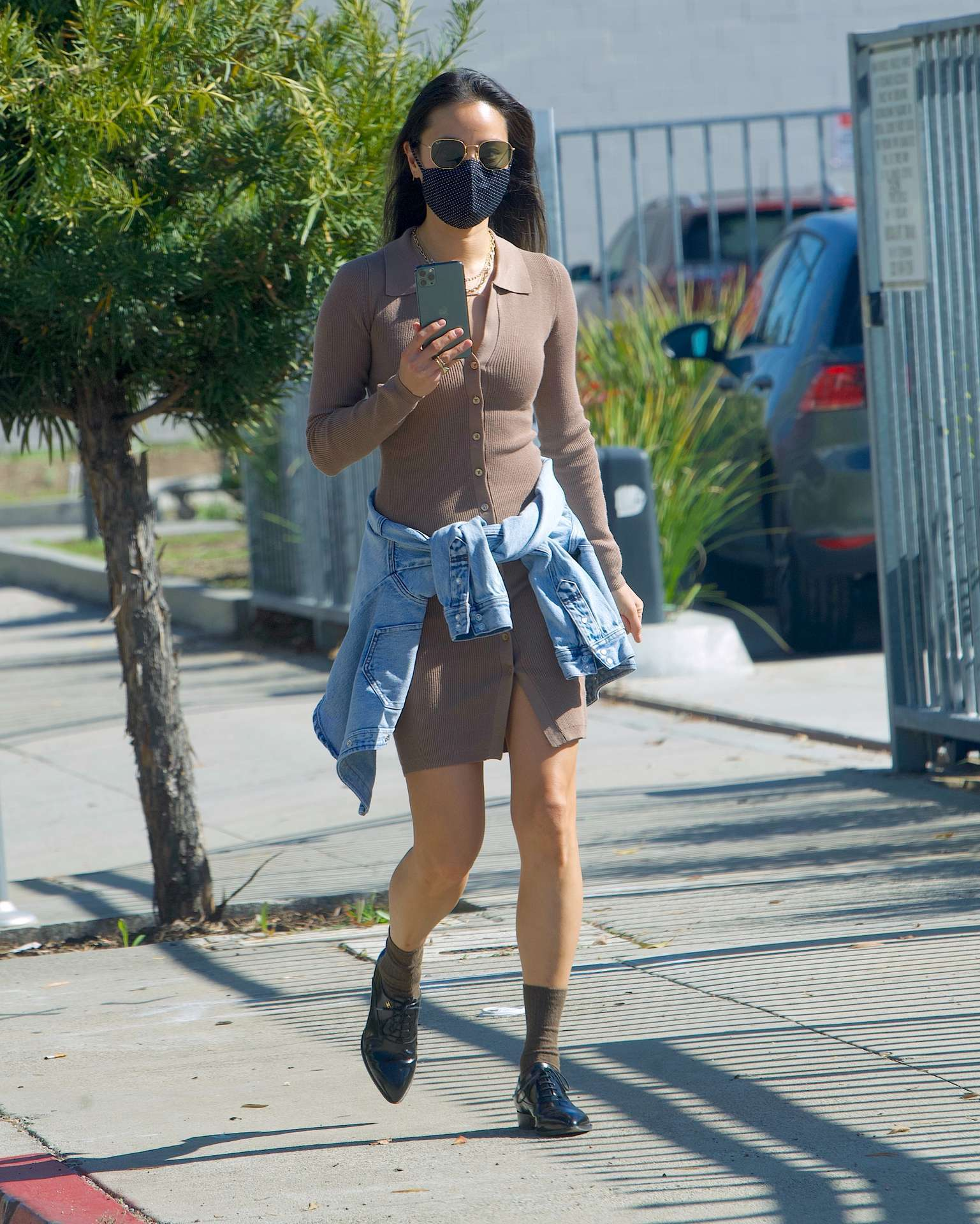 Jamie Chung Leggy, Out in Pasadena